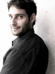 Antropolaroid di Tindaro Granata vince il Premio della Critica 2011 e va in scena al Valle occupato