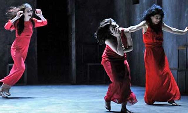 Pippo Delbono rende omaggio all'arte e alla danza di Pina Bausch