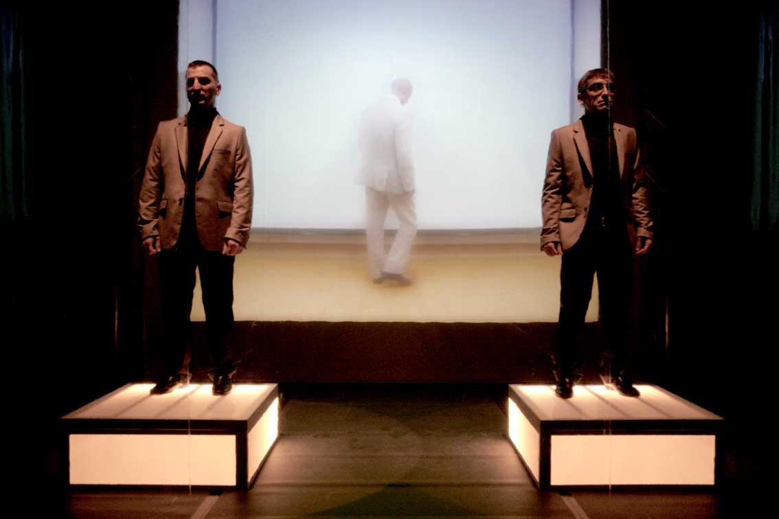 Dittico della fame: il lato A_Cicche e il lato_Mostro al Teatro Portland di Trento
