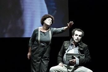 Atto unico-Flaubert di e con Mario Perrotta al Teatro Astra di Vicenza