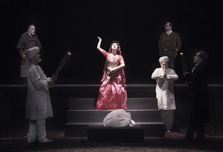 Le Operette Morali di Leopardi alla maniera di Mario Martone ai Teatri di Vita di Bologna