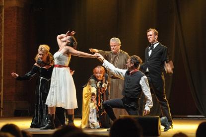 """A Lari dove spira il """"soffio della storia"""" e rinfresca le serate teatrali di Collinarea: Il festival di Scenica Frammenti"""
