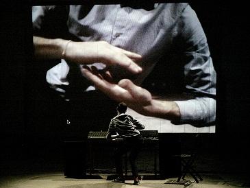 Al Festival Aperto di Reggio Emilia è di scena Alessandro Sciarroni con Joseph e FOLK-S e la compagnia MK