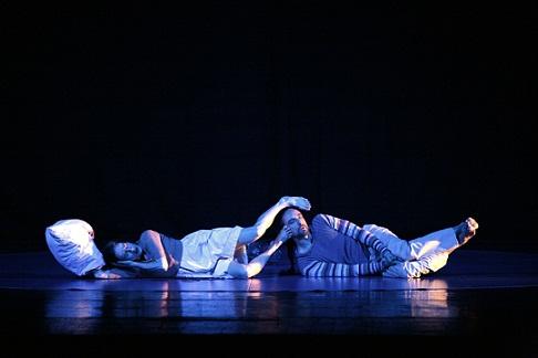 """Un """"Romanzo"""" che svela i segreti dell'infanzia a passi di danza. Abbondanza Bertoni raccontano una favola vera"""