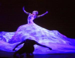 """Con le """"Rhyth.mix"""" al Manzoni, la ginnastica ritmica si trasforma in danza"""