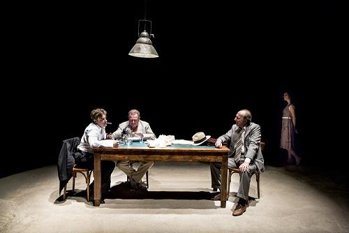 """La vita destinata a """"morire"""" di uno Straniero. Omaggio della Fondazione Teatro Due di Parma ad Albert Camus"""