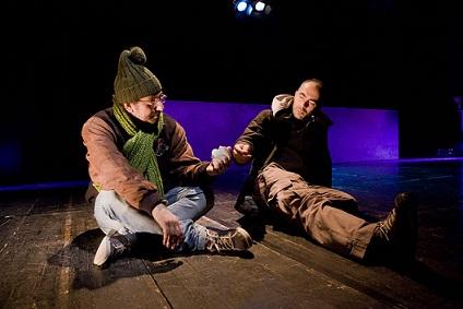 """Uomini e donne in cerca di una """"Rivincita"""". Un teatro capace di raccontare la nostra realtà"""