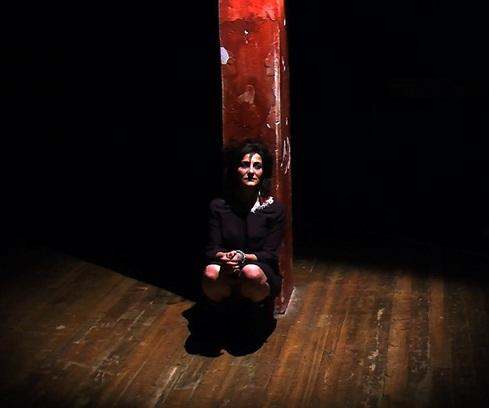 Invidiatemi come io ho invidiato voi. La nuova sfida teatrale di Tindaro Granata in prima nazionale al Festival delle Colline torinesi