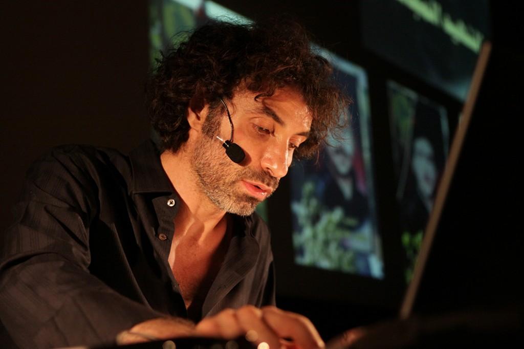 Pixelated Revolution – Rabih Mroué e l'arte della testimonianza video