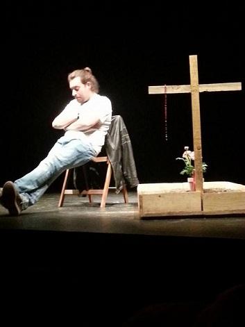 "Riccardo Goretti diventa Emanuele Miriati: una vita ""normale"""