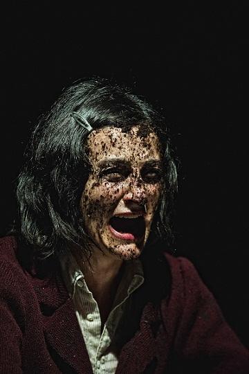 Materiali per Medea: Mariangela Granelli, Teatro Sala Fontana Milano. Regia di Carmelo Rifici