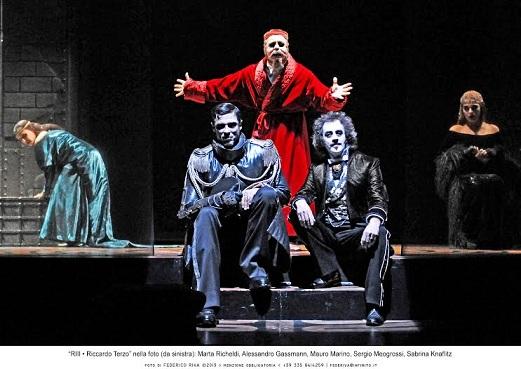 Riccardo Terzo nell'interpretazione e regia di Alessandro Gassmann al Teatro Sociale di Trento