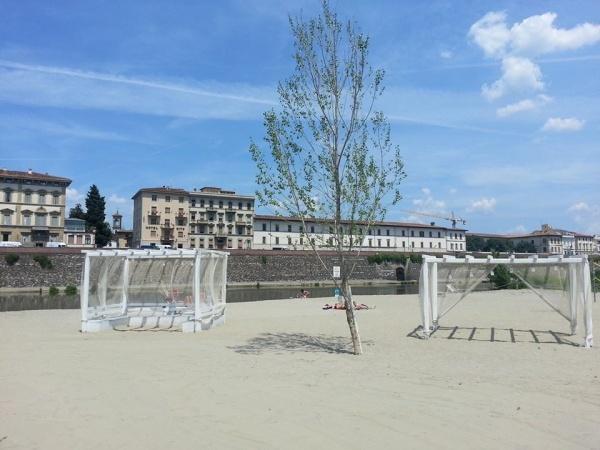 La Spiaggia sull'Arno: una sdraio in città