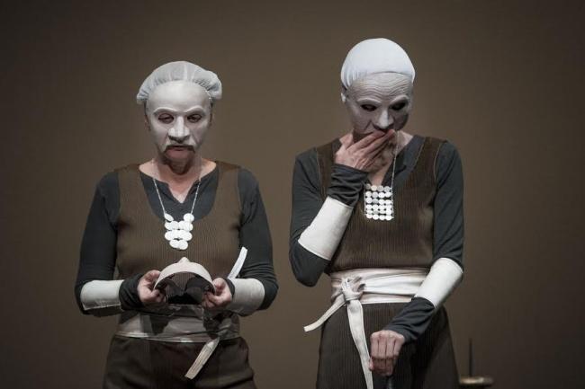 Una ieratica Alcesti per una convicente regia e interpretazione al femminile