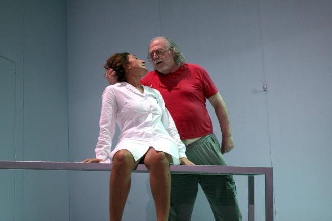 Vito Signorile e Fibre Parallele: Bukowski torna in vita