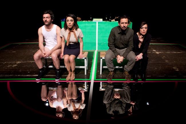 """E' un """"Alto Fragile"""" studio analitico teatrale sui conflitti etnici"""