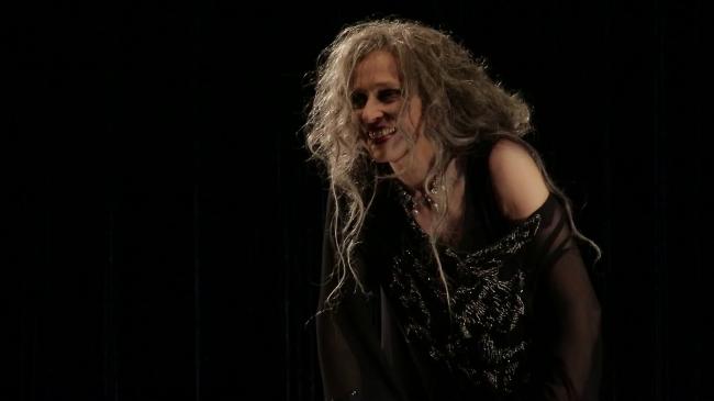 """Elisabetta Pozzi in """"Elena"""": memorie di una donna."""