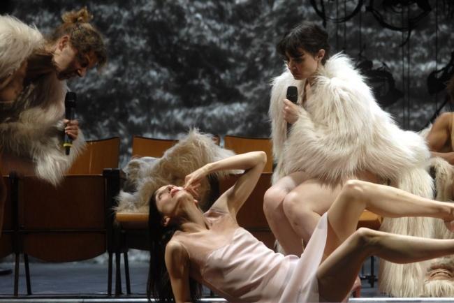 Caterina Carpio, Monica Piseddu, Valentina Acca , foto di Brunella Giolivo