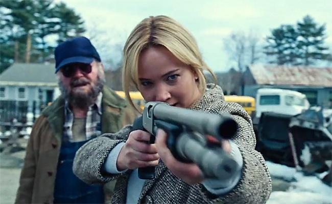 Joy e il colpo di fucile_Lawrence torna la ragazza di fuoco