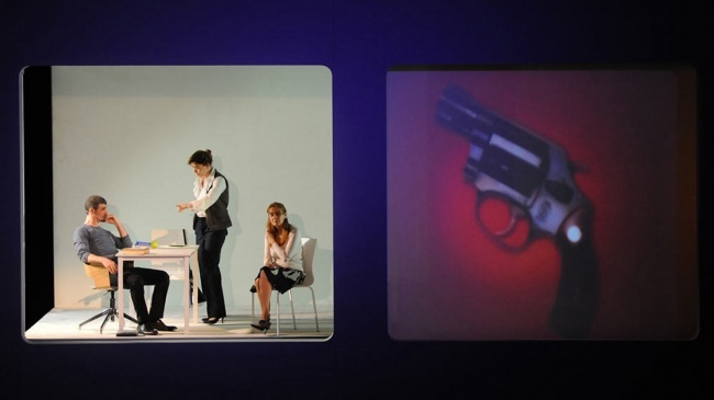 Candide-Scena-03-La-stesura-della-sceneggiatura-del-dramma-di-Sarah