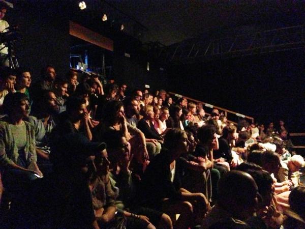 pubblico in tensostruttura al Festival Inequilibrio (foto di repertorio)