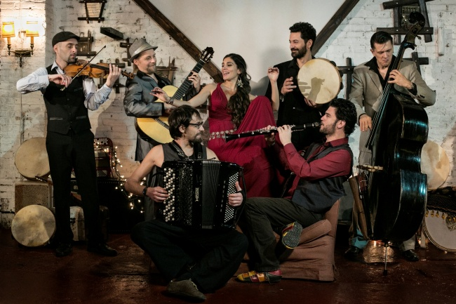 Barcelona Gipsy BalKan Orchestra foto Laura Soriano