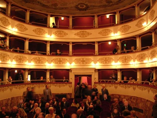 Teatro Zeppilli Pieve di Cento
