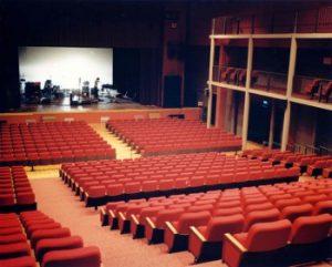 La sala grande del Teatro di Cascina
