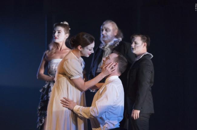 """""""Hamlet"""": un felice gemellaggio che diventa """"una desolata canzone.."""""""