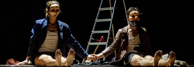 """""""È la pioggia che va"""" della Compagnia ZiBa. La stagione di Erre Teatro di Salerno"""
