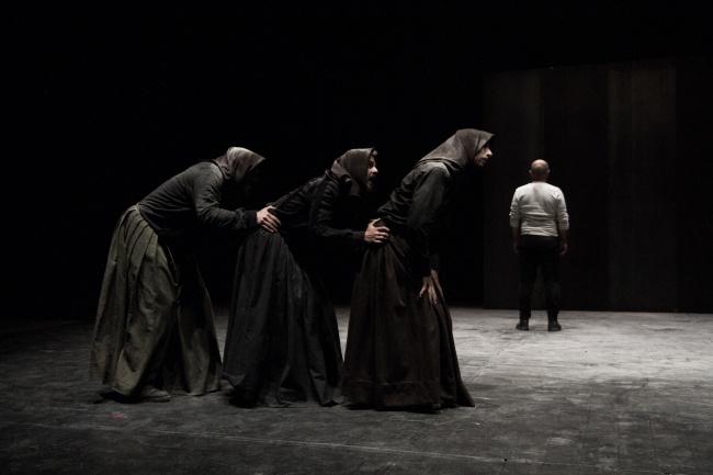 Teatropersona_Macbettu regia di Alessandro Serra