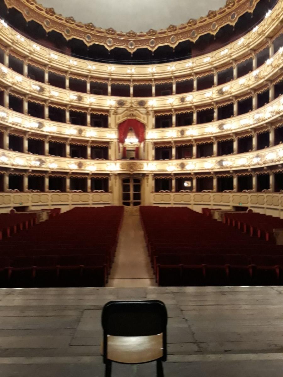 G+G: questa sera e' di scena al Teatro Ponchielli