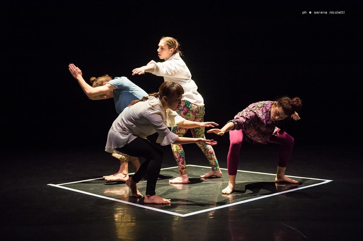 """""""Siamo"""": se la danza è plurale…"""