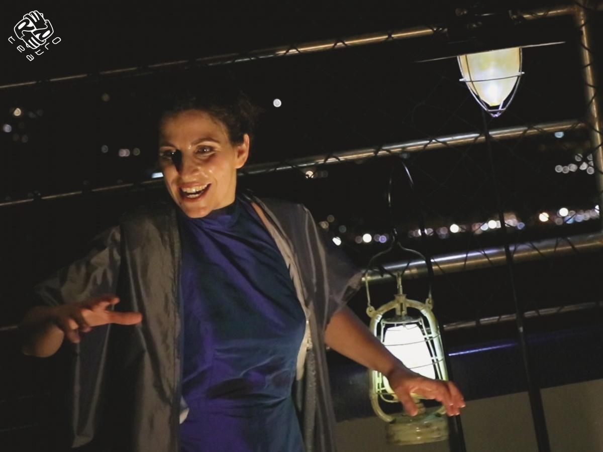 Teatri in Blu sale a bordo della Maria Antonietta: MARE di Francesca Pica