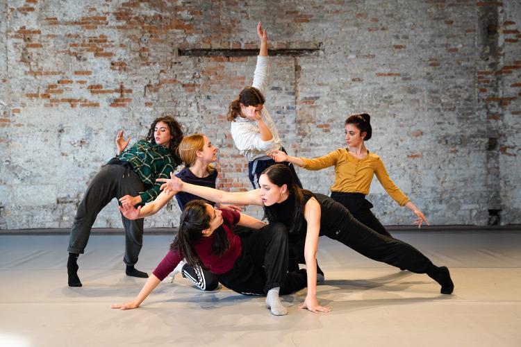 Biennale College Danza Venezia : il bando on line per l'edizione 2019