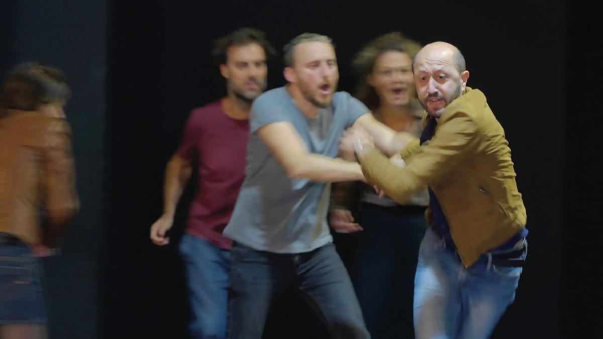 """""""Sei personaggi in cerca d'autore…"""" nella nuova versione di Michele Sinisi al Teatro Fontana di Milano"""