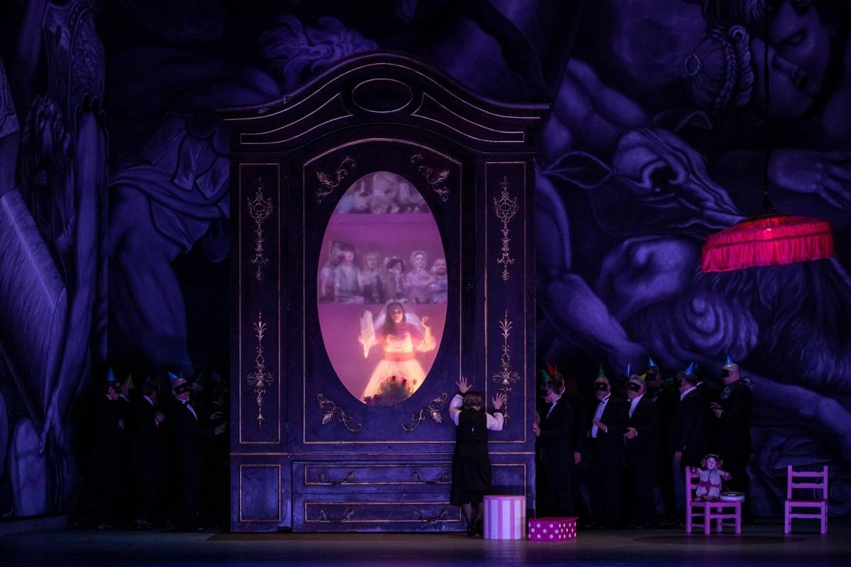 Rigoletto riappare sulle scene di Bologna per poi cantare in Giappone
