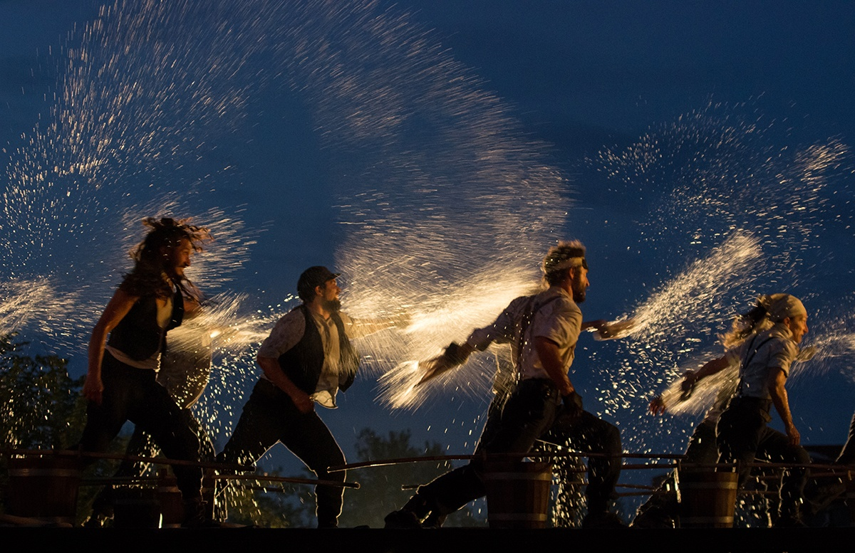 """Moby Dick del Teatro dei Venti: """"la rappresentazione dell'impossibile che diventa realtà""""."""