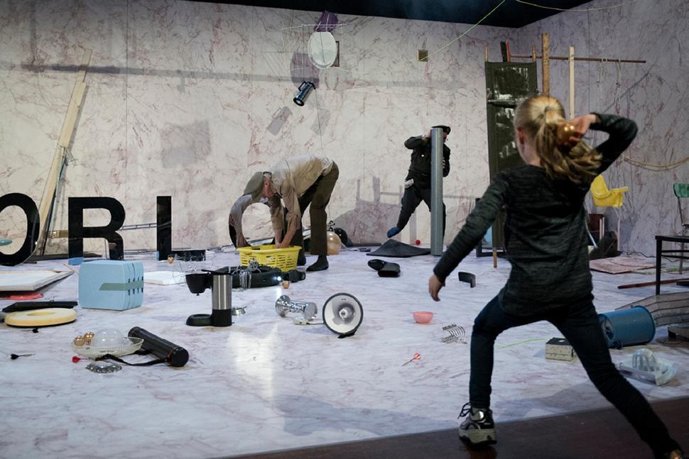 War regia di Jetse Batelaan  in prima nazionale alla Biennale Teatro di Venezia