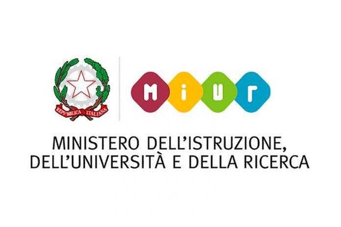 """Il concorso nazionale """"Scrivere il teatro"""" del MIUR e ITI per le scuole"""