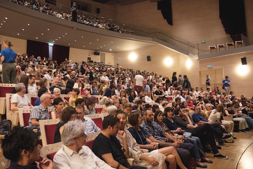 """Cittadini residenti del mondo al Pergine Festival: """"il nostro teatro è la città stessa"""""""