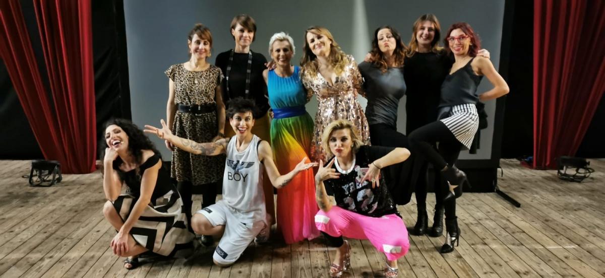 La comicità è donna: il Cabaret delle Ragazze al Massimo di Cagliari
