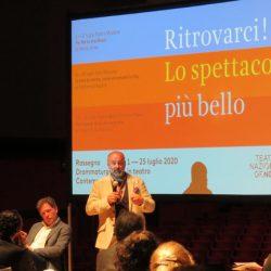 Il Teatro Nazionale di Genova presenta: Ritrovarci! Lo spettacolo più bello