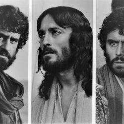 «Etiam si omnes, ego non».  Il cinema racconta  Simone, detto, Pietro.