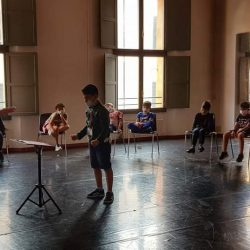 Ferrara sale sul podio: 18 bambini dirigono l'Orchestra del Conservatorio Frescobaldi