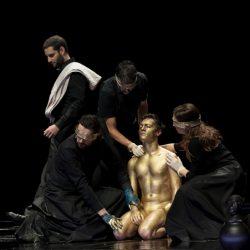 A che punto è il ricordo? Macbeth, le cose nascoste di Carmelo Rifici: un elogio del passato.